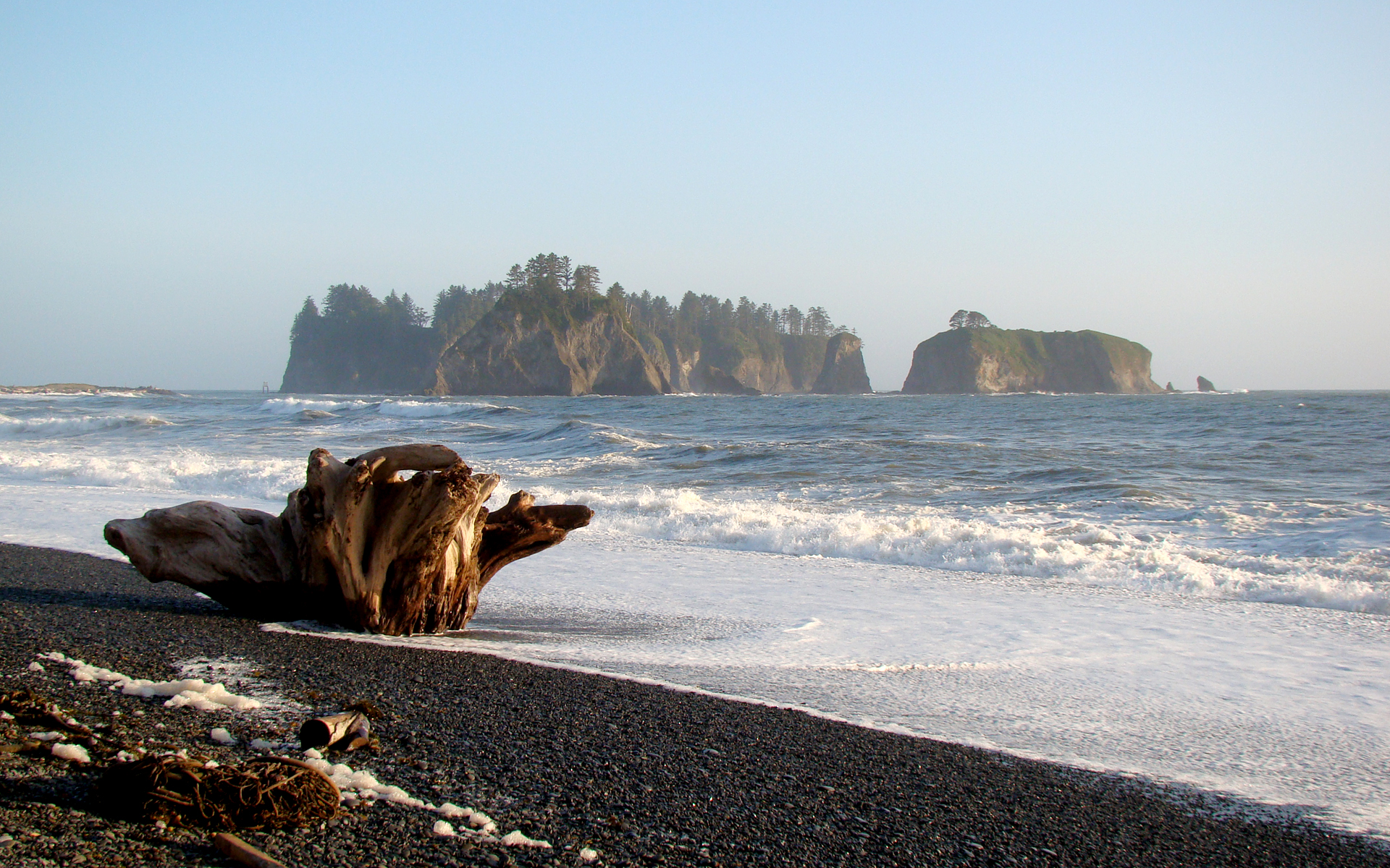 Rialto Beach, WA by Maashu - Desktop Wallpaper Pacific Ocean Waves