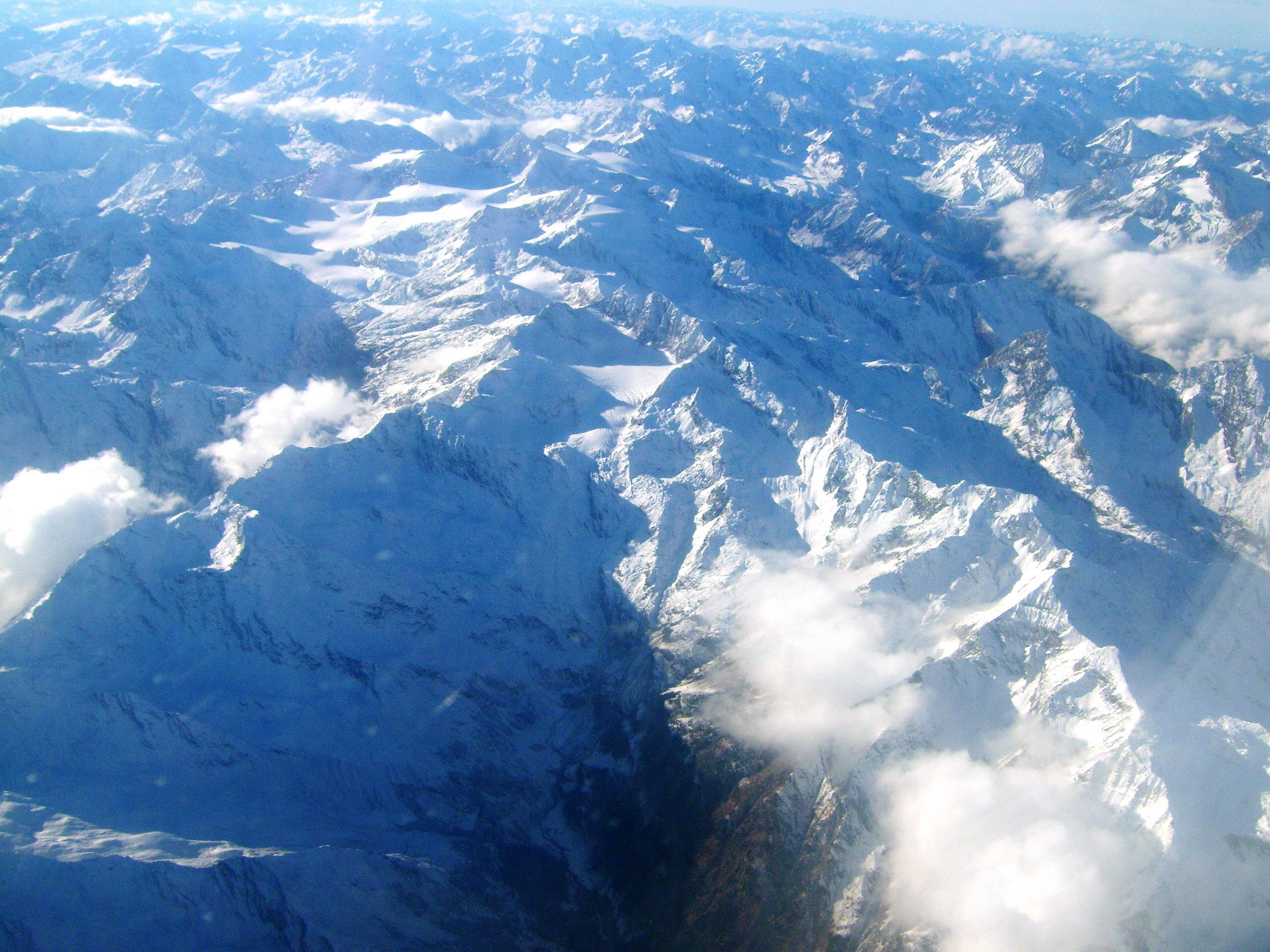 Veduta Aerea Delle Alpi Tra Italia E Austria