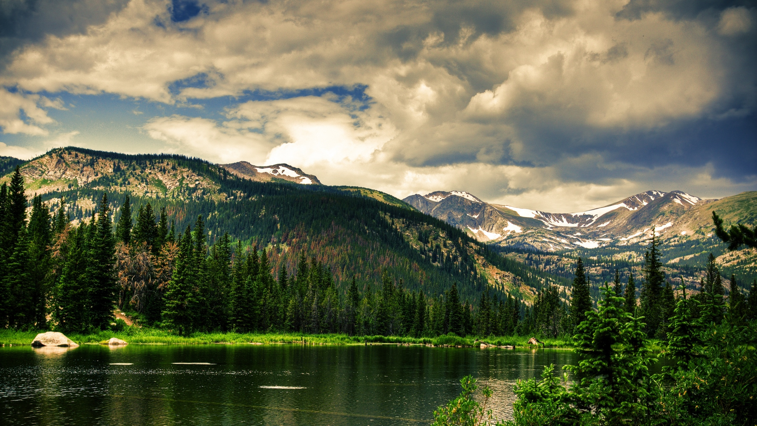 природа горы облака деревья река nature mountains clouds trees river  № 1000478 бесплатно