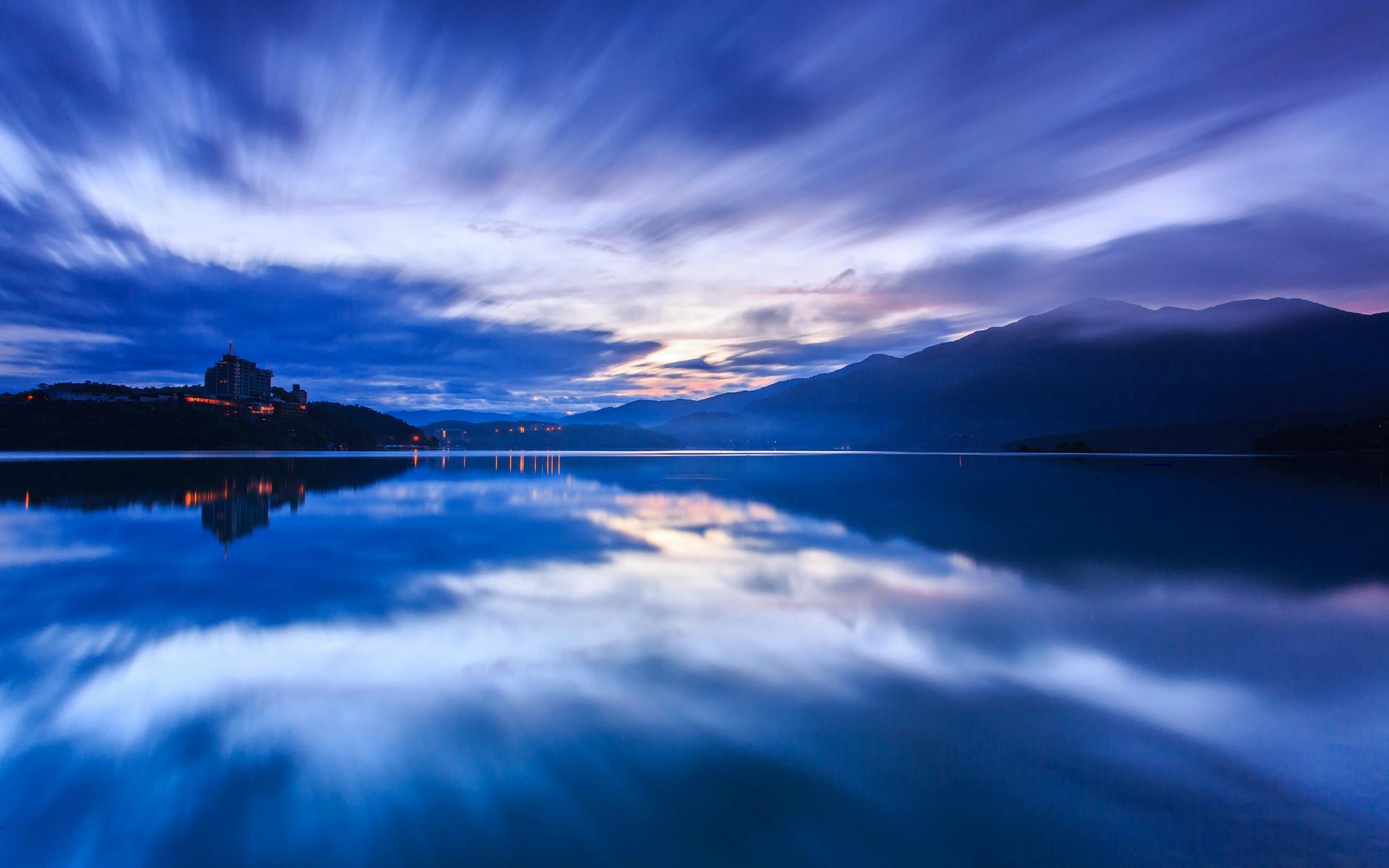 風雲動 Sun Moon Lake, Taiwan by Sam Yaoo - Desktop Wallpaper: https://www.socwall.com/desktop-wallpaper/38465/sun-moon-lake...