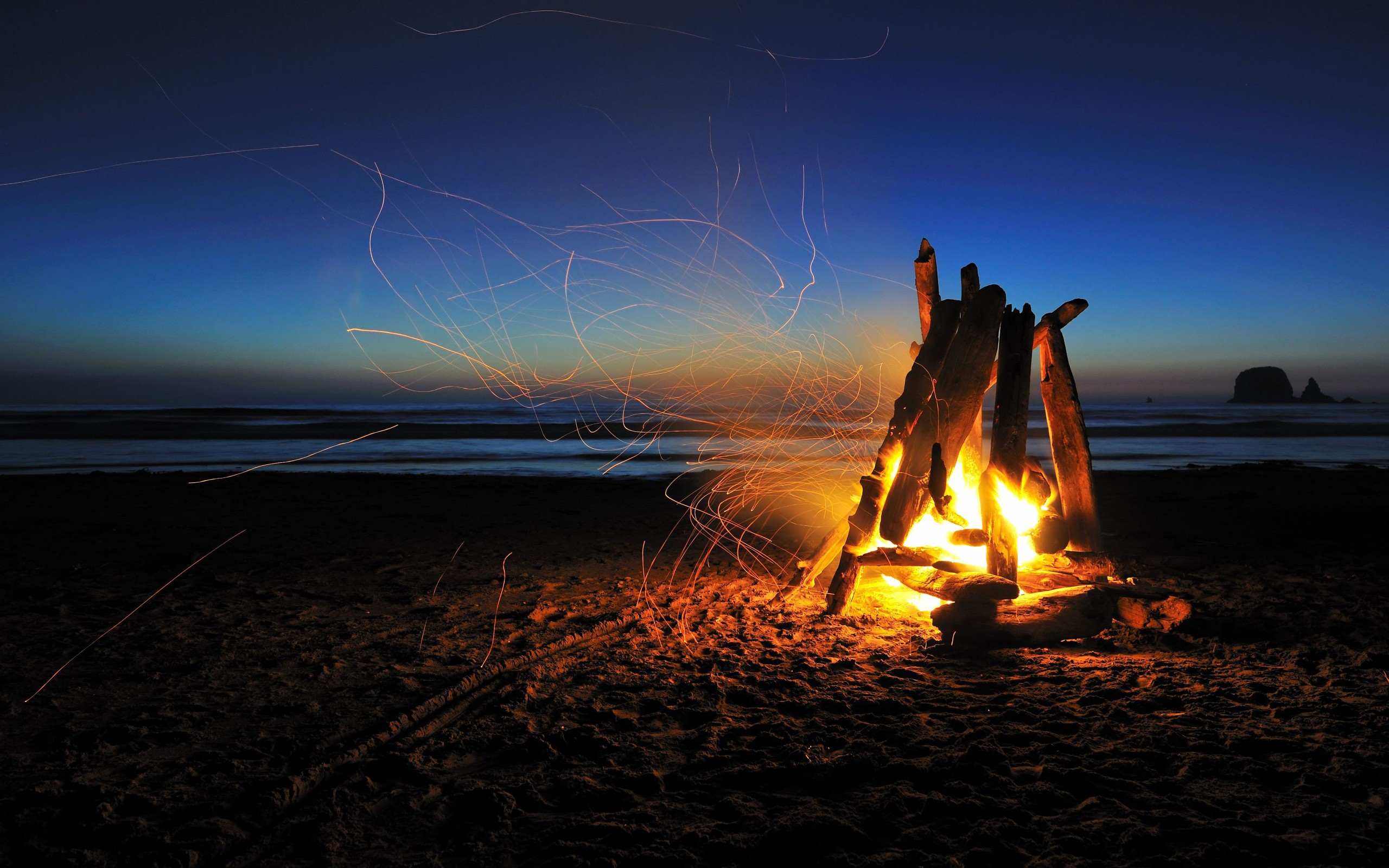 Www Socwall Com Images Wallpapers  X Jpg Pretty Pictures Pinterest Beach Camping Beach Bonfire And Camping